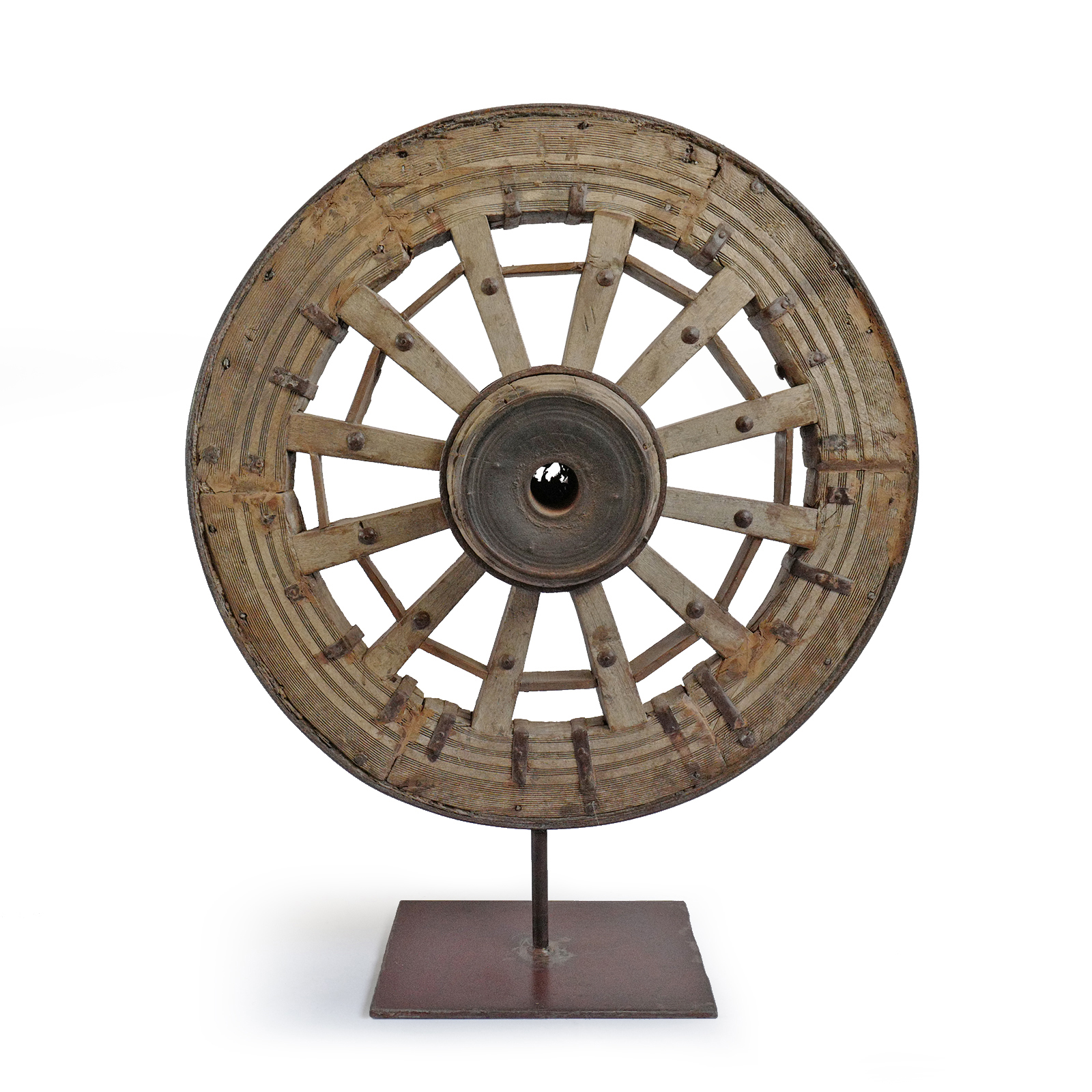 Antique Ox Cart Wheel On Stand Furniture Design Mix Gallery